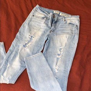 Destroyed Light Wash Skinny Jeans